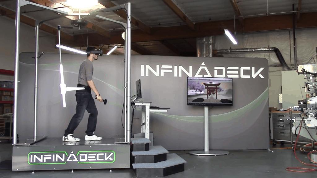 Infinadeck Prototyp auf der CES 2016
