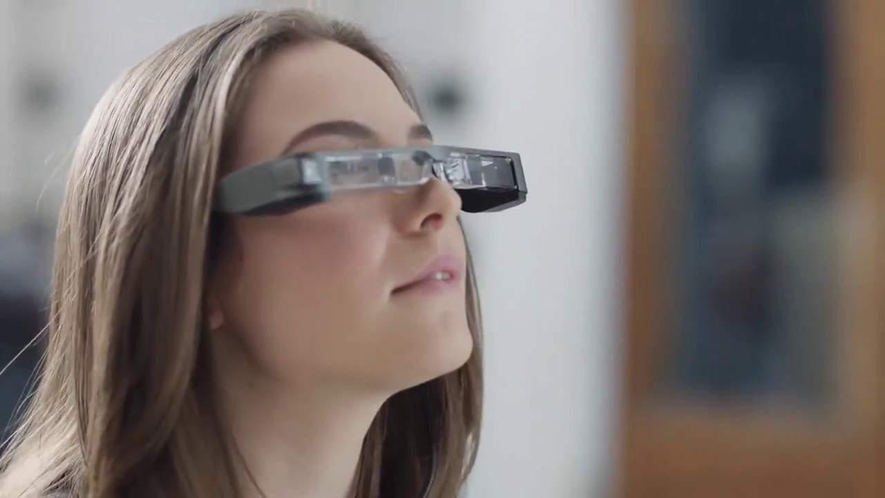 Epson zeigt zwei neue Smart Glasses Produkte auf der AWE