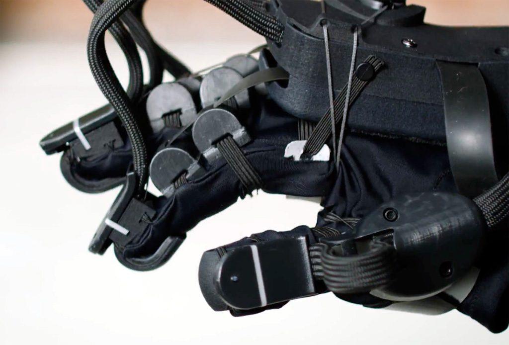 HaptX Glove VR