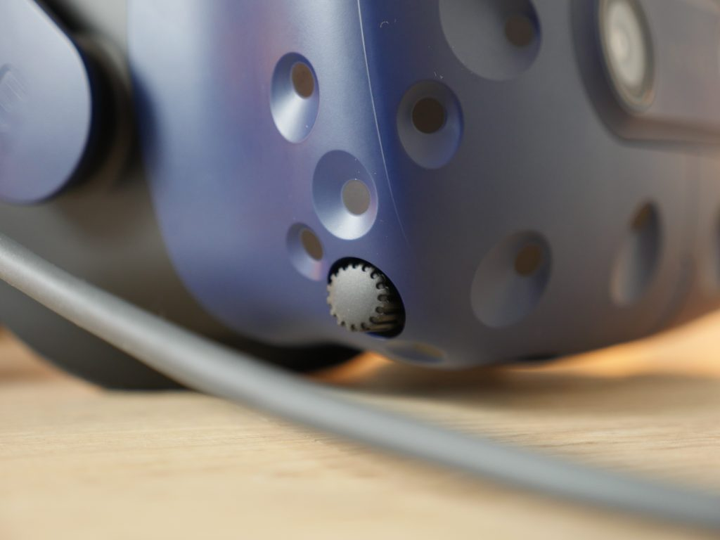 HTC Vive Pro Abstand der Linsen verstellen