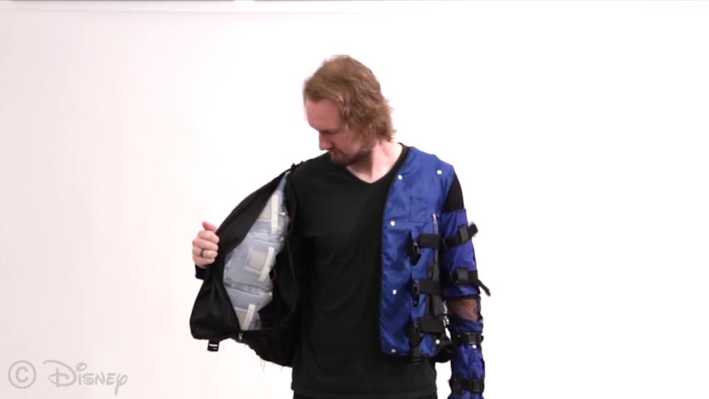 disney-force-jacket_3
