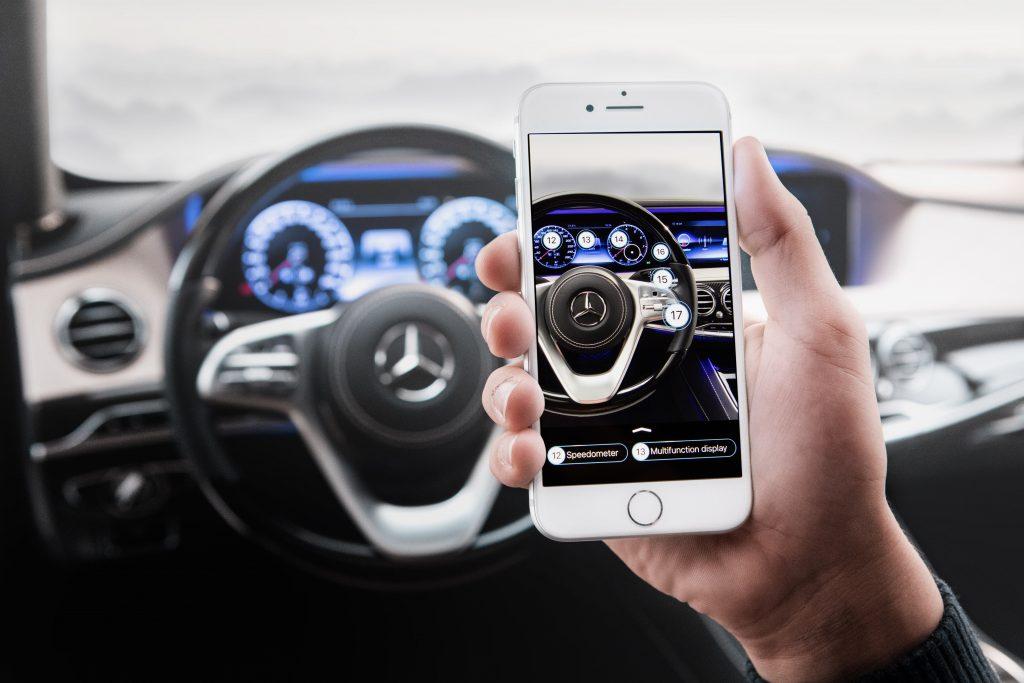 Mercedes-Benz-Ask-Mercedes-AR-App