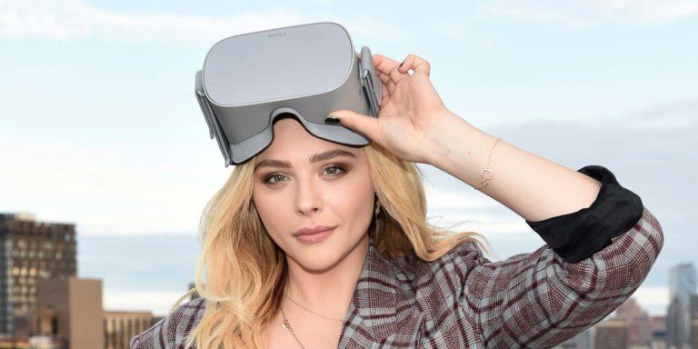 Oculus-Go-VR-Diner-Marketing-Chloe-Grace-Moretz