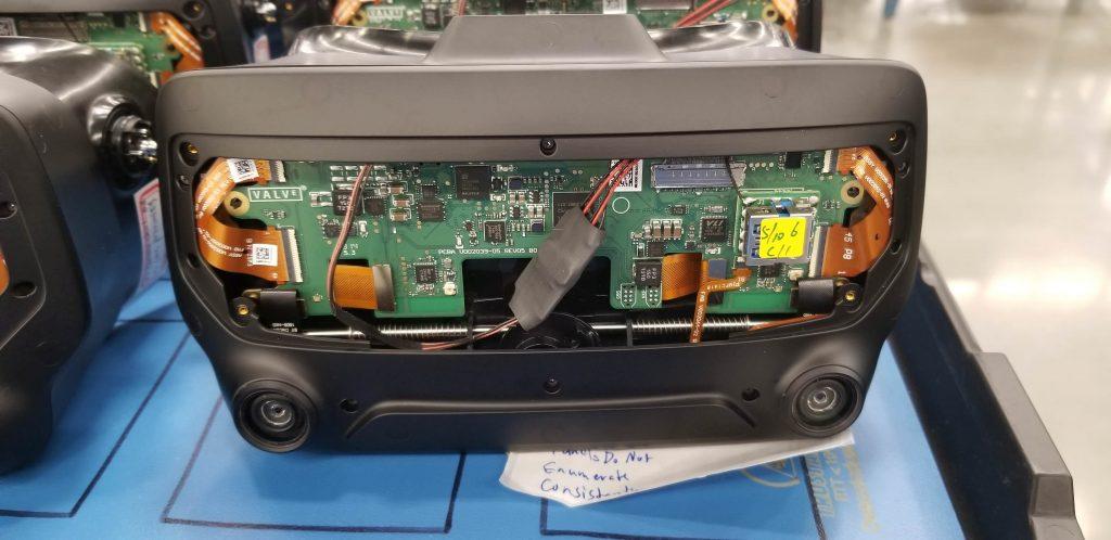 Valve Prototyp mit Tracking-Kameras