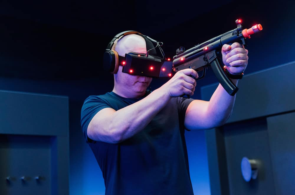 Kino VR Experience mit Gun